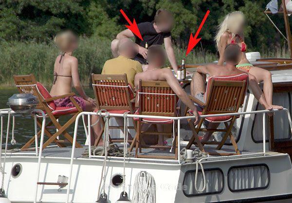 Entspannte Runde auf dem Boot