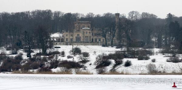 Potsdam. Schloss Babelsberg im Winter