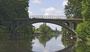 Alte Brücke über dem Veltener Stichkanal