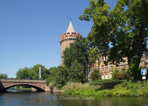 Stadtkanal und Brandenburg