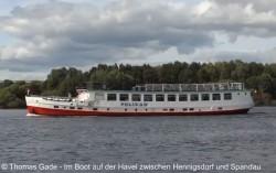 Ausflugsdampfer MS Pelikan auf dem Niederneuendorfer See.