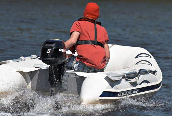 Leichtes Schlauchboot demnächst mit 15 PS?