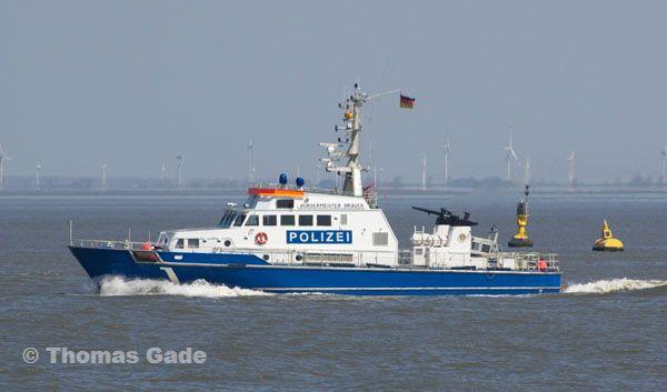 Polizei. Küstenstreifenboot Bürgermeister Brauer auf dem Fluss Elbe