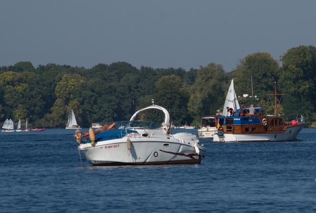 3. 10. 2015. Boote auf dem Tegeler See. Berlin